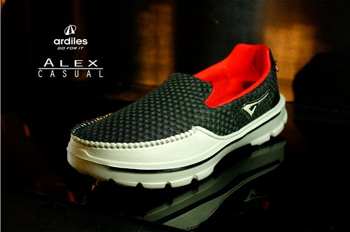 Sepatu Slip-On Pria Ardiles TARACHANDRA Hitam-Abu - 4 Pilihan Warna