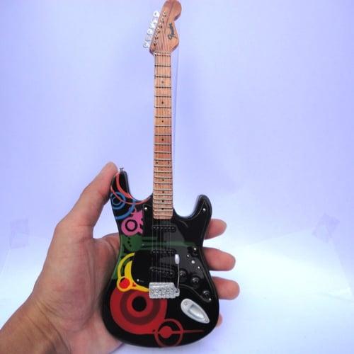 Miniatur Gitar Fender Standart American Strat HSS Mami
