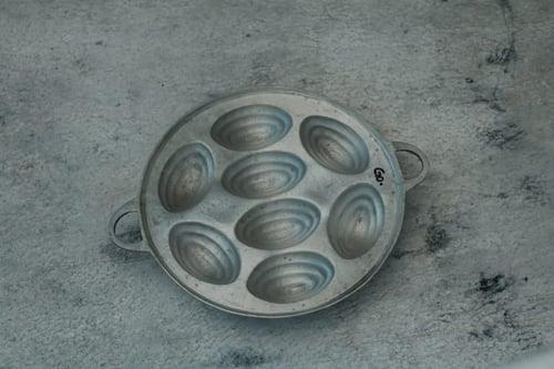 Loyang Cetakan Kue Cubit Labalaba Alumunium Kecil 7 Lubang