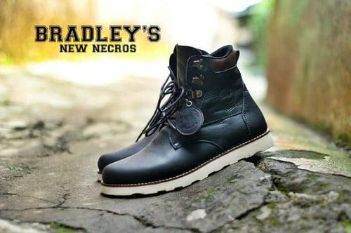 Sepatu Boot kulit asli Bradleys New Necros Original