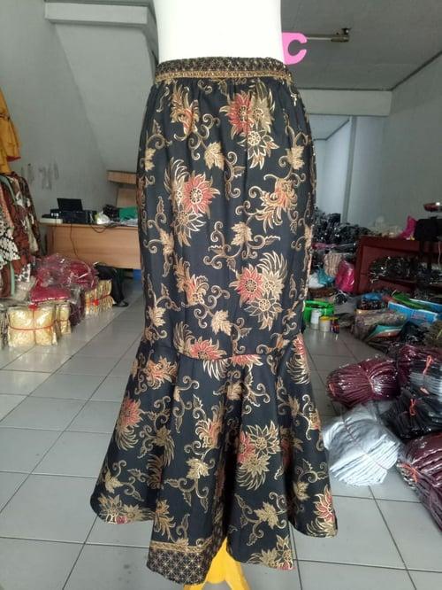 Rok Ruffle Batik Syurifat Rok Duyung Wanita
