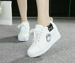 FASHION Sepatu Boot HI Putih