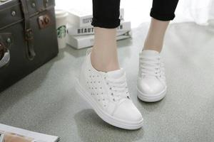 FASHION Sepatu Boot Wanita ZR35 Putih