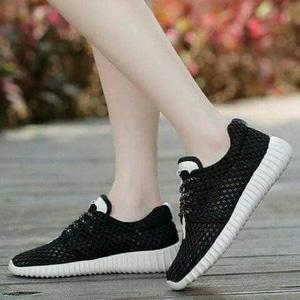 FASHION Sepatu Kets Jaring Black