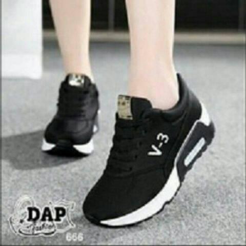 Sepatu Kets V-3 Hitam