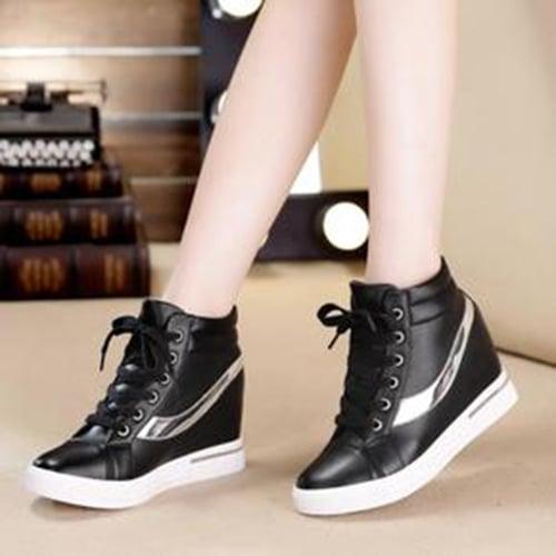 FASHION Sepatu Wanita Boot Flat Silver (Black)