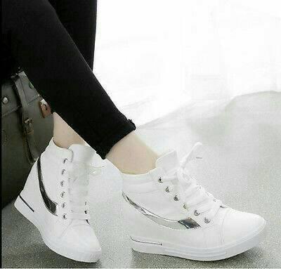 FASHION Sepatu Wanita Boot Flat Silver (White)