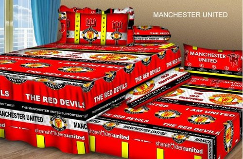 Sprei Sorong 2 in 1 motif Manchester United