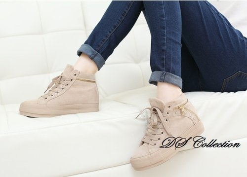 Sepatu Boots Wanita R01 Cream