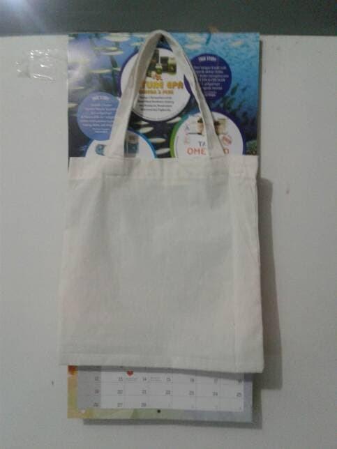 Souvenir Tas Promosi Tote bag   Goddie bag Blacu Putih Polos Kantong belanja 33x33