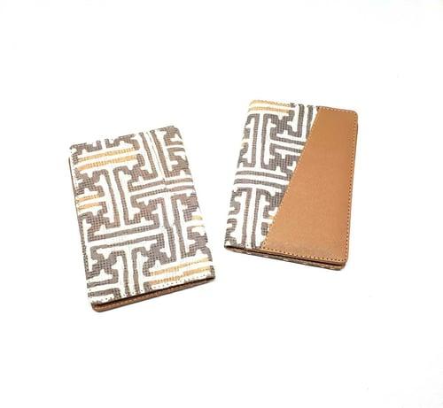 Dompet Passport/Passport Cover Batik Cirebon Kulit Coklat