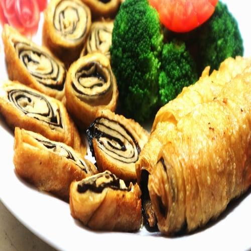 Kembang Tahu Gulung Rumput Laut Vegetarian Tofu Roll With Seaweed