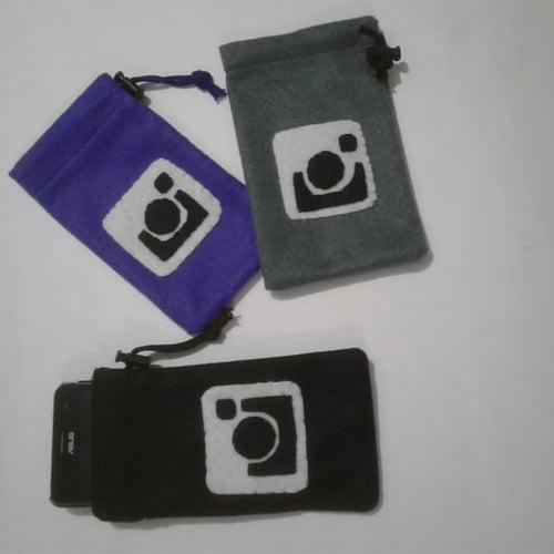 Sarung Cover Kantong Casing HP Handphone Dompet Koin Kartu Nama Kacamata Medsos kain FLanel  Instagram