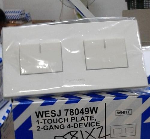 WESJ78049W+5581X2 PLATE 2 GANG 4 DEV WITH SAKLAR PANASONIC