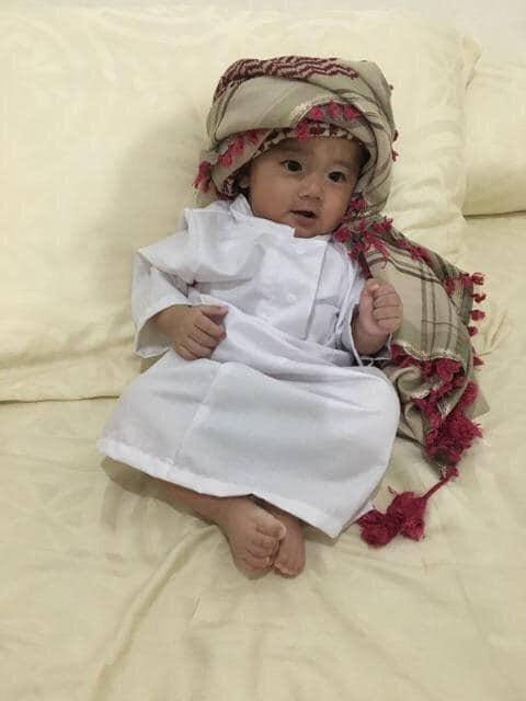 Jubah anak bayi