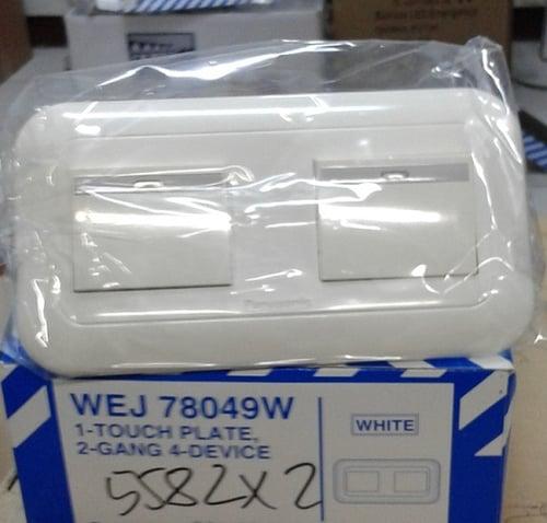 WEJ78049W+5582X2 PLATE WITH SAKLAR PANASONIC