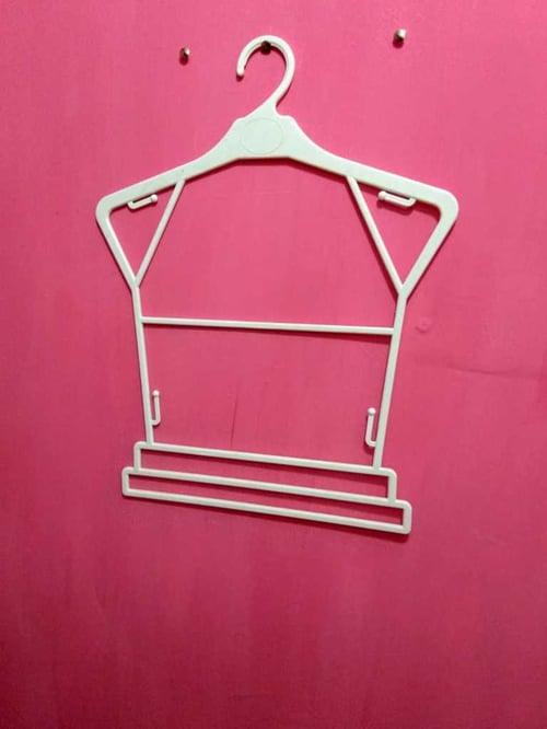 Hanger Baju Setelan Dewasa Lebar Bahu 40 cm Per Lusin