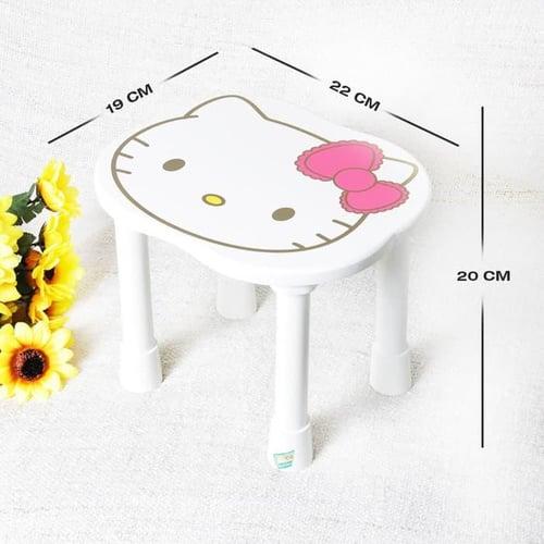 Kursi kayu bulat Hello Kitty
