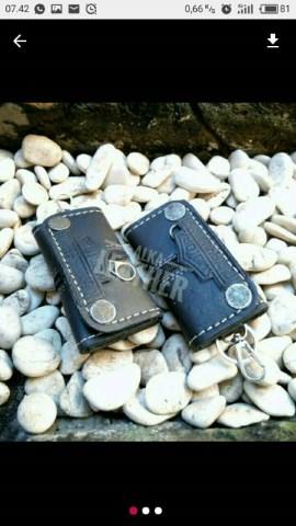 dompet stnk kulit, gantungan kunci kulit