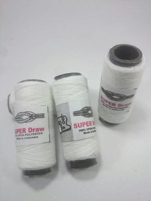 Benang jahit warna putih 3pcs