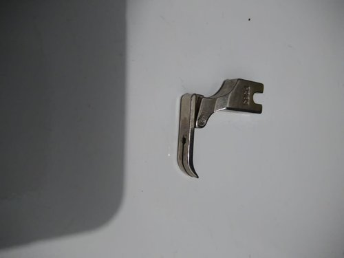 Sepatu resleting / Narow zipper foot - P363 (mesin jahit industri)