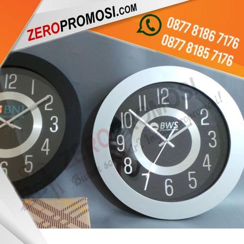 Souvenir Jam Dinding Promosi custom Tipe 2043