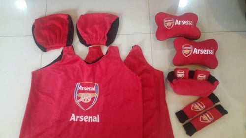 Bantal Mobil Exclusive 5 in 1 Arsenal