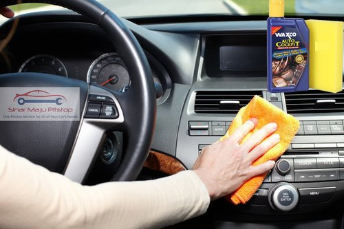 WAXCO Auto Cockpit Pembersih Dashboard Mobil 250ml