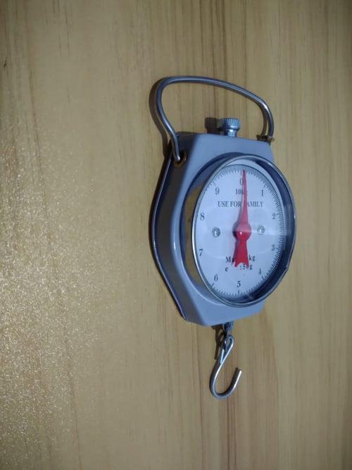 Timbangan gantung 10 kg