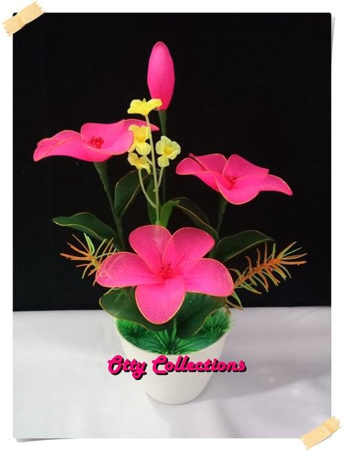 Bunga Hias Sepatu Pink - Articifial Bunga Anggrek dari bahan kain stoking / Sovenir / Kado