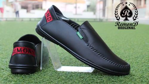 Sepatu Slip On , Remond Original , Sepatu Santai Pria , Sepatu Casual , Mocasin Murah, Sepatu Pria