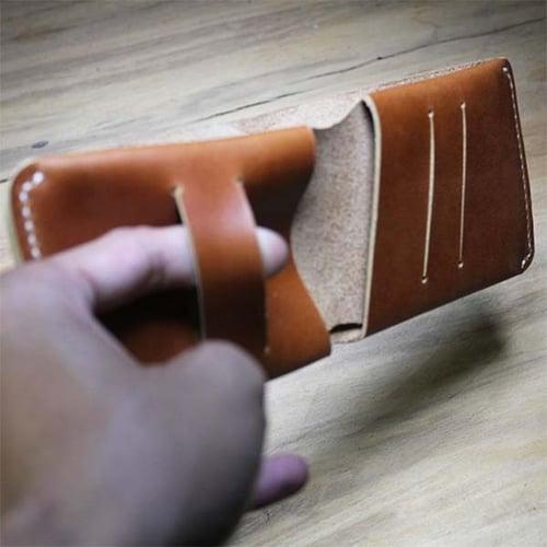 Dompet Pria Kulit Asli Sapi Model Slim Warna Tan (Simple Wallet)