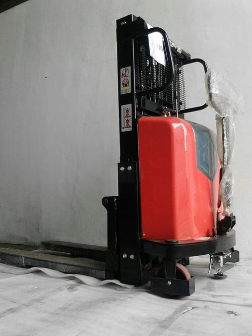 NAMI Semi Electric Stacker EMS1516