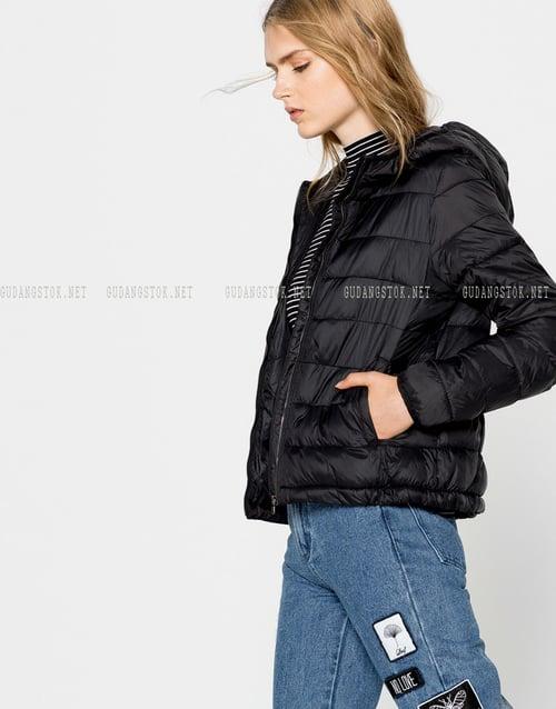 Jaket pull & bear Original, cocok untuk musim dingin , hiking, camping