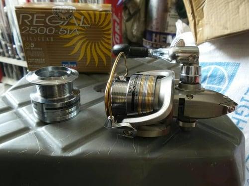 Reel Daiwa Regal 2500-5iA