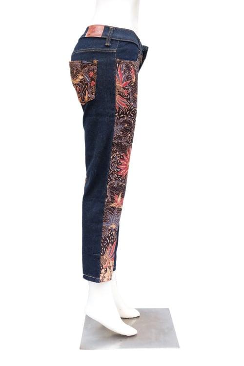 MLK Jeans batik Cap dan Kombinasi Wanita