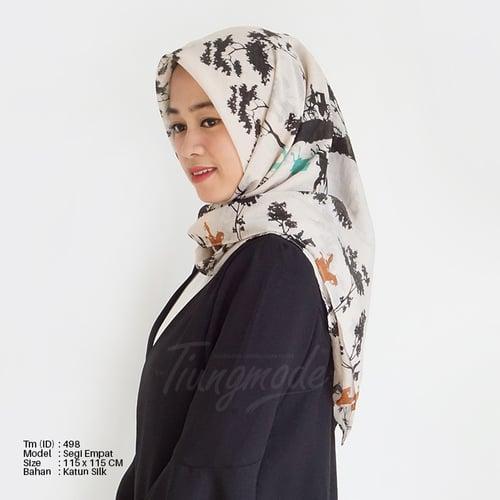 Hijab Segiempat Motif Kuda 3 Warna