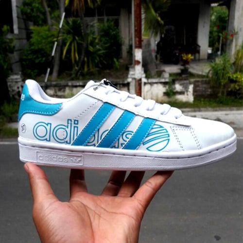 ADIDAS Sepatu Wanita Casual Neo Putih Biru