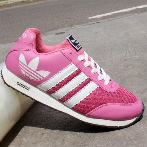 ADIDAS Sepatu Joging V Racer Pink Putih