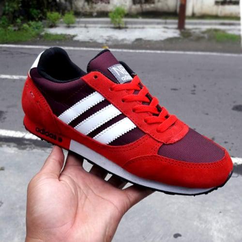 ADIDAS Sepatu Sport Neo City Racer Merah