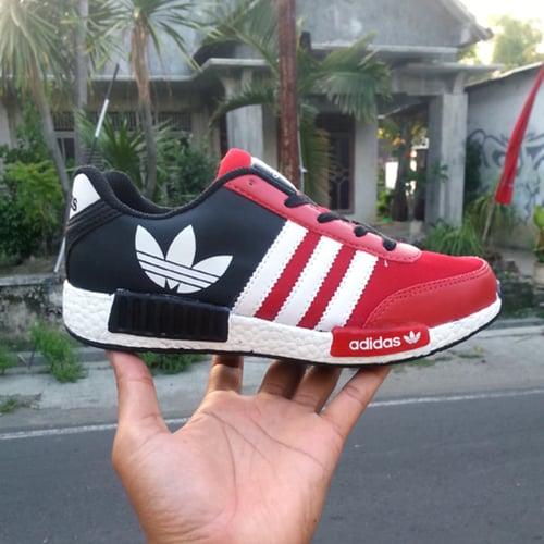 ADIDAS Sepatu Sport NMD Merah Hitam