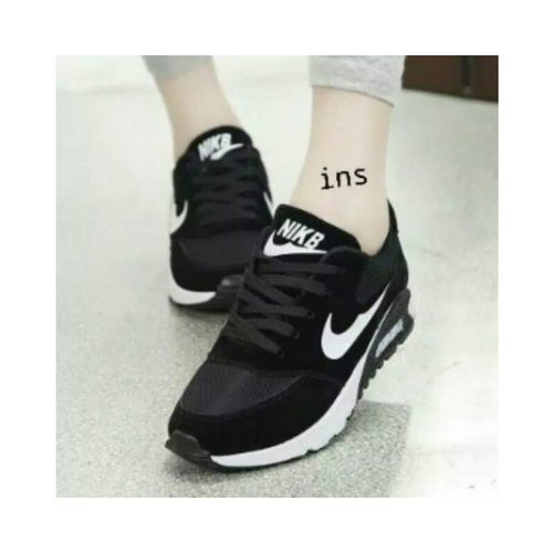 NIKE Sepatu Replika Hitam