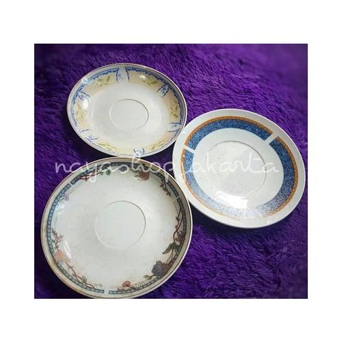 Piring Keramik Kue / Tatakan Gelas Diameter 14cm