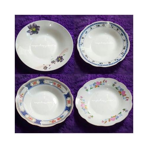 Piring Makan Keramik Motif Bunga