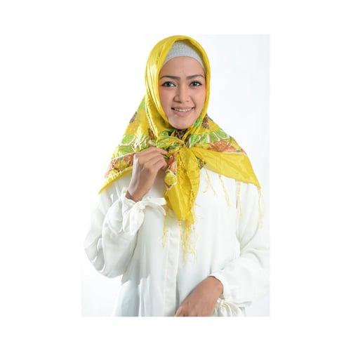 Jilbab Cantik Segi Empat Kuning