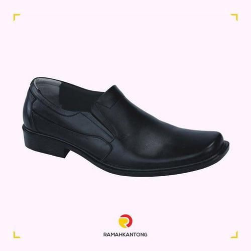 CATENZO Sepatu Kerja Formal Pria Kulit Hitam NC305