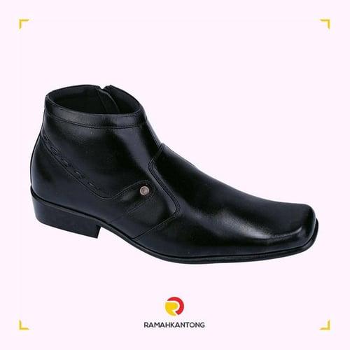 CATENZO Sepatu Pantofel Ankle Boots Pria Kulit Hitam NC324