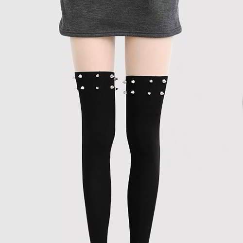 Rivet Decorated Thigh High Design RAC8A8 Black 6pcs