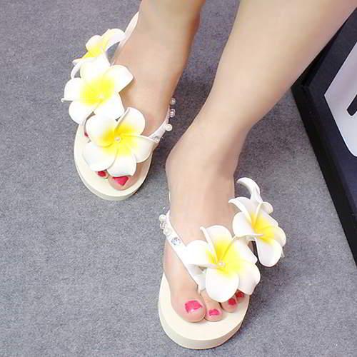 Three Flowers Pearl Weave Beach Shoes RAC7FF White 6pcs